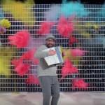 実質4.2秒の映像を4分のスローモーションPVに、「OK Go」の新作ミュージックビデオが面白い