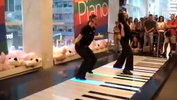 フロアピアノ バッハ