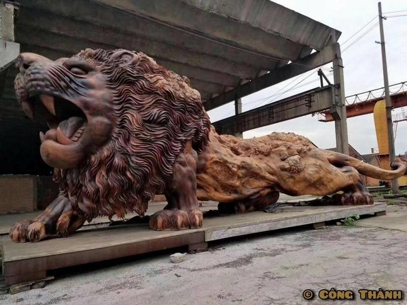 獅子 彫刻2