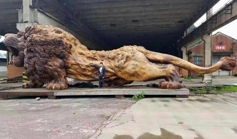 獅子 彫刻