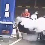【動画】ガソリンスタンドで喫煙する迷惑客に店員が怒りの制裁