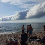 ぜひ生で見てみたい! 圧巻の巨大ロール雲「モーニング・グローリー」